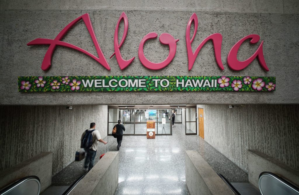Hawaii Air Arrivals Mainly to Visit Friends and Family