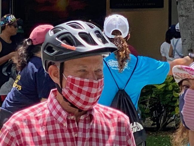 Hawaii Tourists take an oath to wear a mask in Waikiki: Administrated by Mayor Caldwell